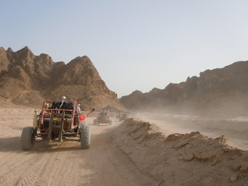 Aktivurlaub - Buggy fahren in der Wüste Hurghada
