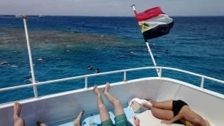 keiner muss Schnrocheln - Sonnenbaden - hurghada