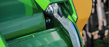 round bale feeder quick-release-wiper-latch1-350x151