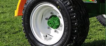Trailed Bale feeders flotation wheels
