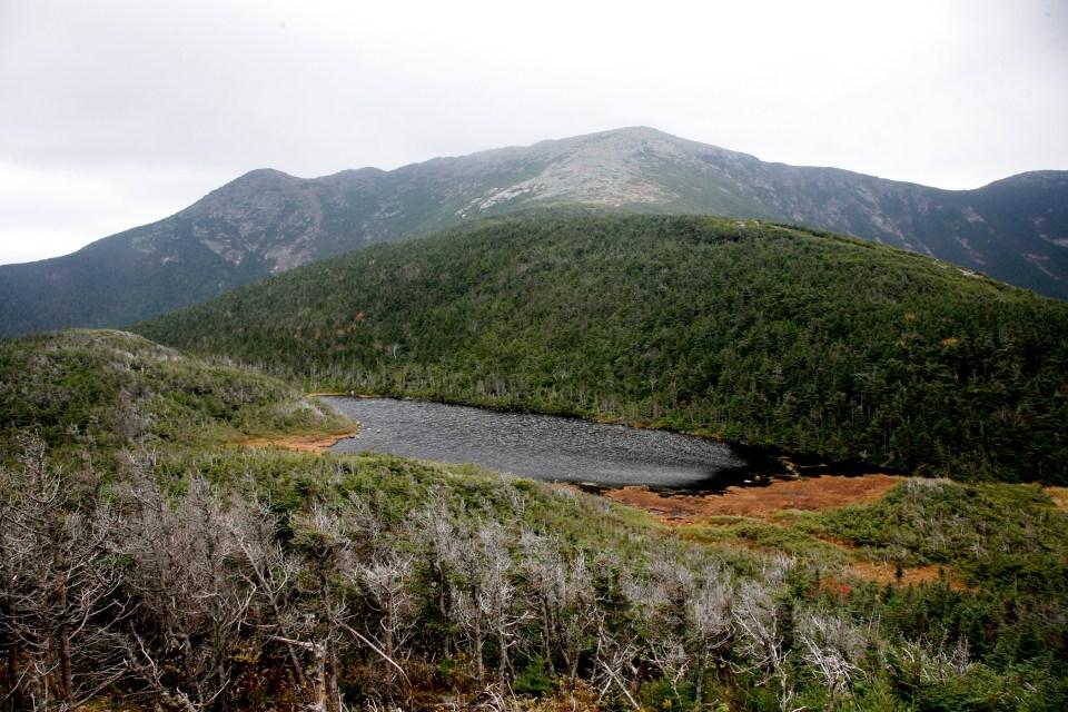 Mt Lafayette, Green Leaf hut, Appalachian Mountain Club Huts Photos, hut2hut