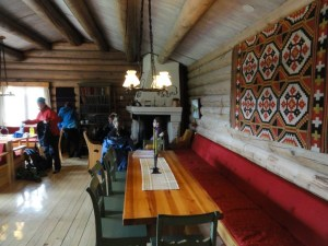Living room at Bjørnhollia, Den Norske Turistforening (DNT) at Rondvassbu Hut, hut2hut operational profile