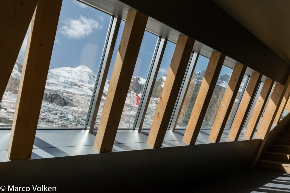 New Monte Rosa Hut, hut2hut