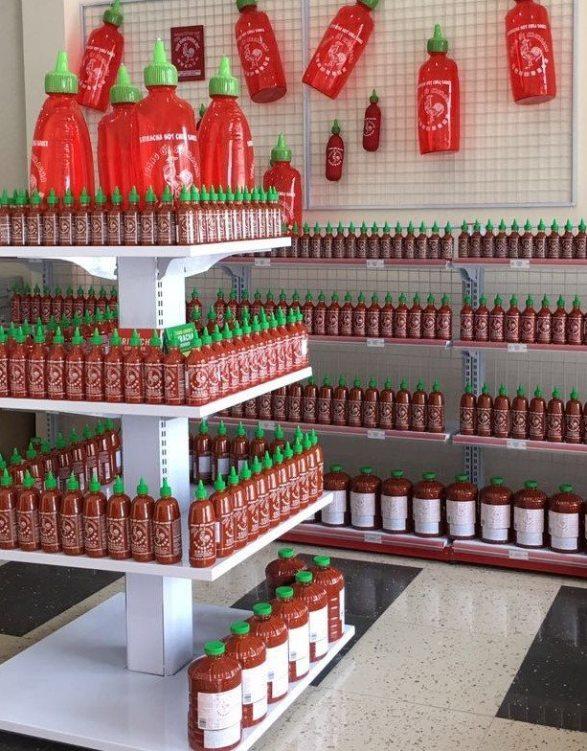 Distributor Images – Huy Fong Foods, Inc