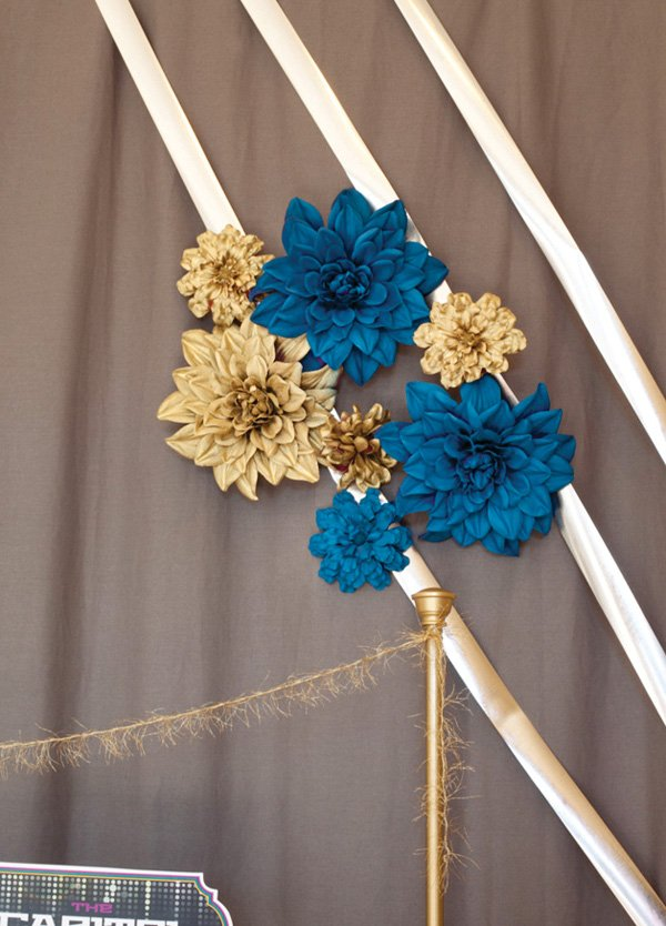 hunger games party flower backdrop