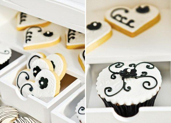 white fondant wedding cupcakes