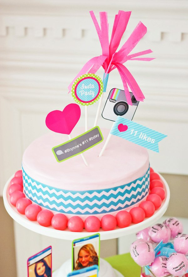 pink birthday cake for an instagram party