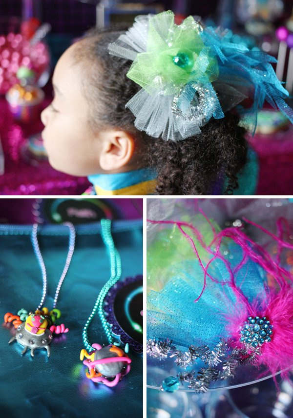 girl-space-accessories