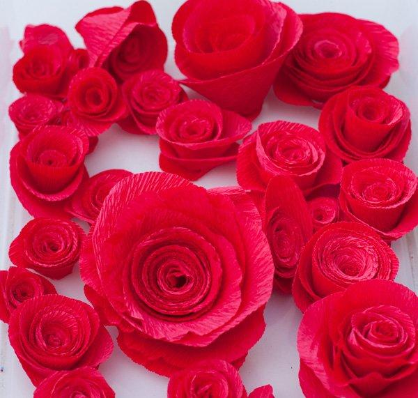 diy red crepe paper roses