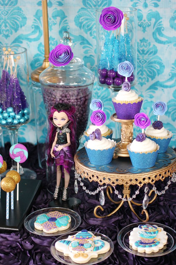 ever-after-high-candy-table