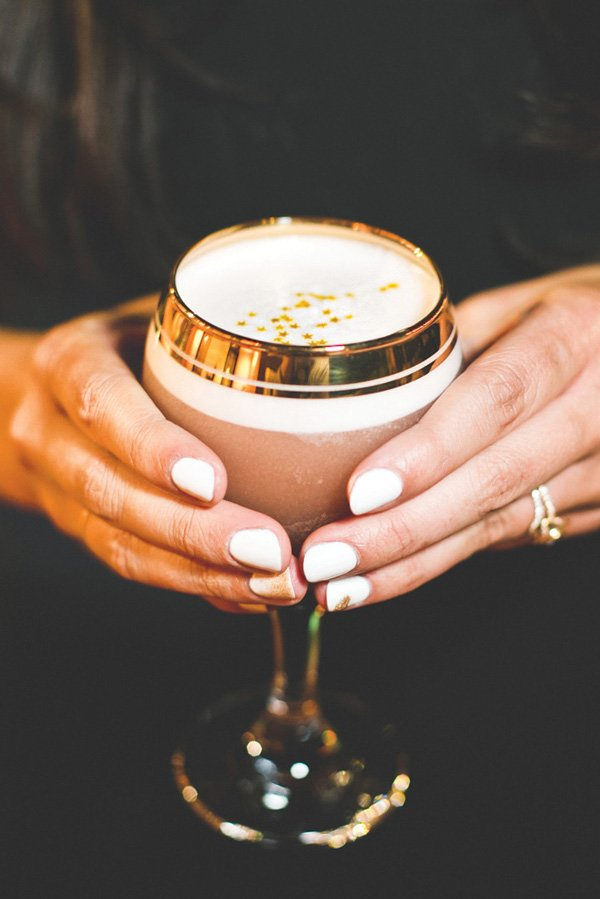 edible gold star topped drinks