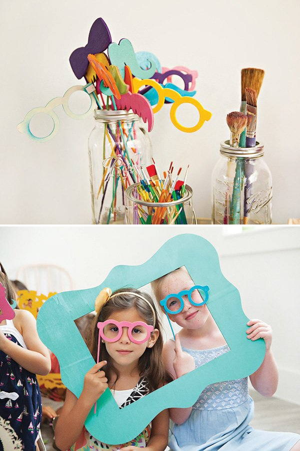 photo booth frames and glasses props