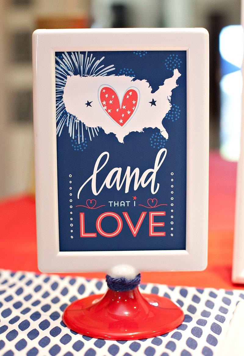 patriotic free printable sign - land that I love