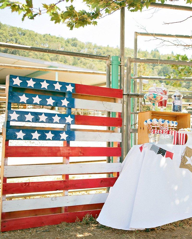 American flag painted wood palette