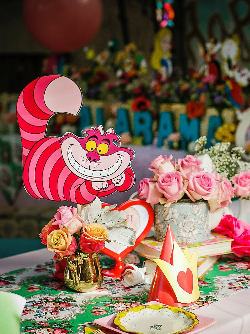 cheshire cat table centerpiece
