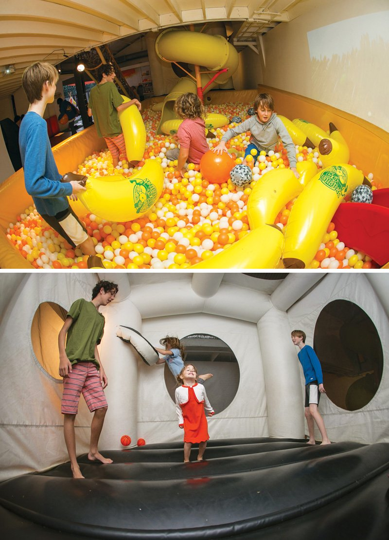 birthday party bounce house and ball pit