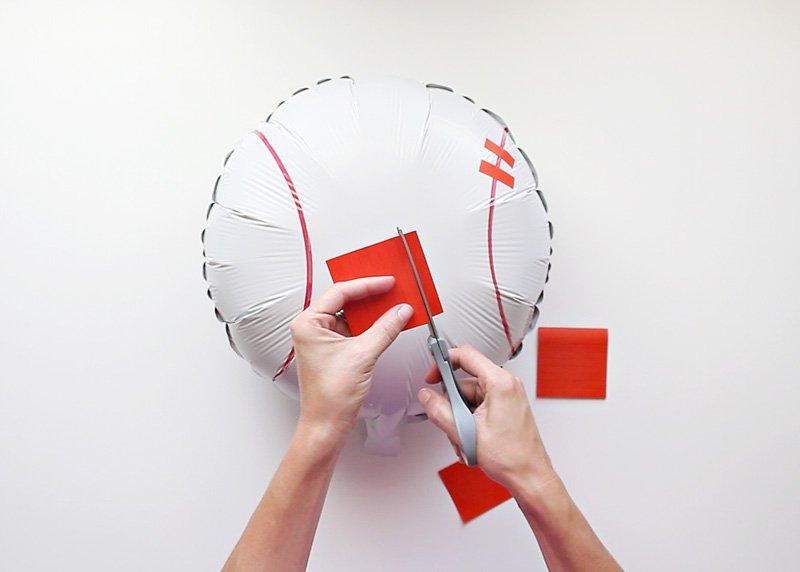 DIY Baseball Balloon 2