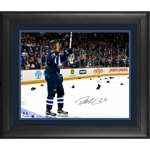 Autographed Winnipeg Jets Patrik Laine Fanatics Authentic Framed 16