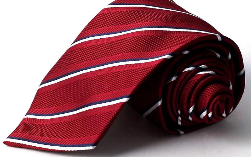 赤 ストライプ ネクタイ 就活