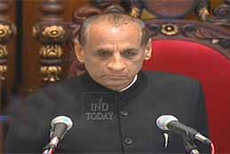 Narasimhan Greets People On Independence Day