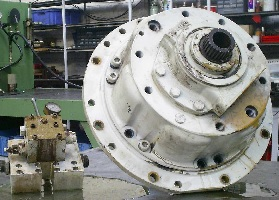 poclain-Hydraulique-reparation-pompe-moteur