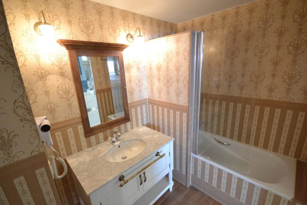 Bathroom in Gold River Hotel