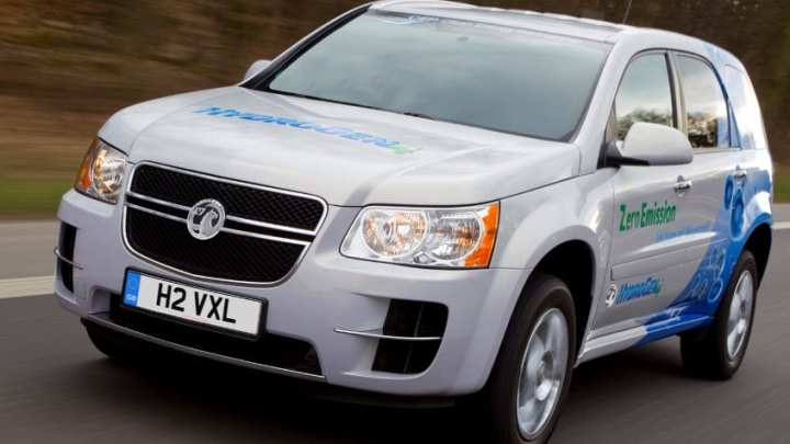 Hydrogen-powered car entered into annual racing challenge