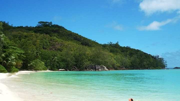 Seychelles completes first renewable energy project