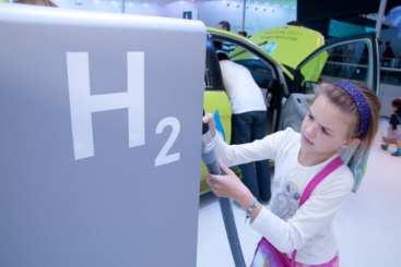 hydrogen fuel infrastructure - hydrogen fuel station