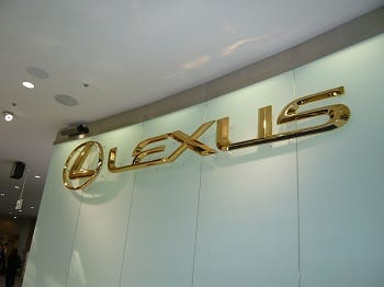 Hydrogen Fuel Cell Vehicles - Lexus