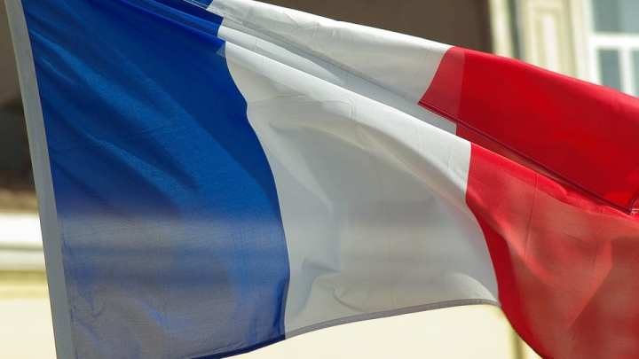 France to embrace clean vehicles more aggressively