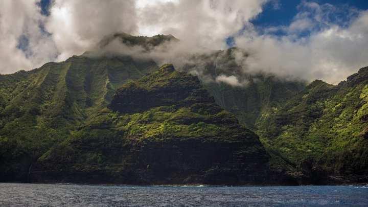 Hawaii sets sights on renewable energy
