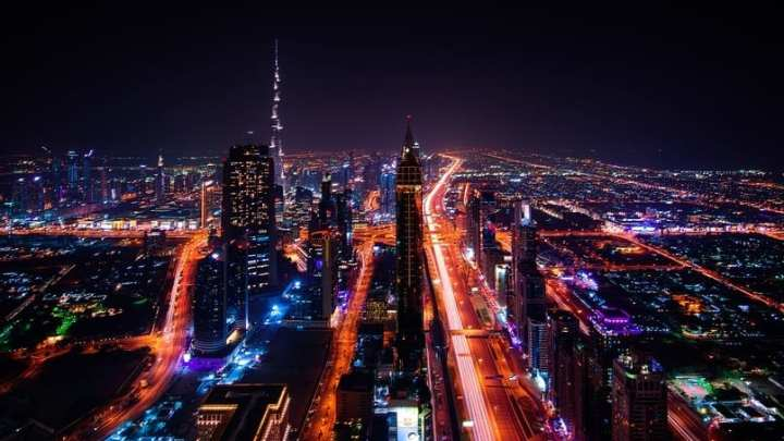 Dubai will use solar energy to produce hydrogen fuel