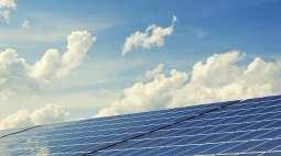 UK solar energy - Solar Panels - Blue Sky