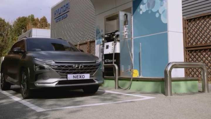 2019 Hyundai Nexo is an ultra-efficient FCEV that drives like a normal car