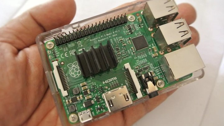 AI recycling technology uses Raspberry Pi and robots