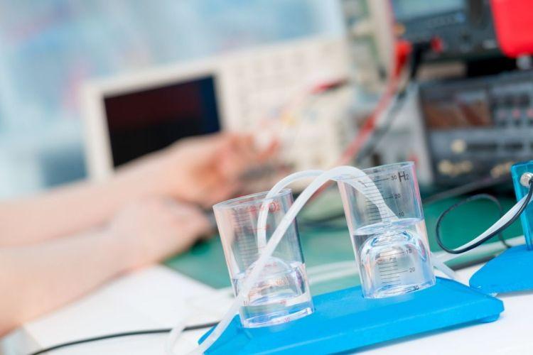 Hydrogen adoption - Electrolysis technology