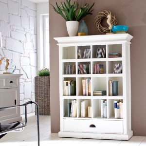 Tips to Accessorize Your White Furniture