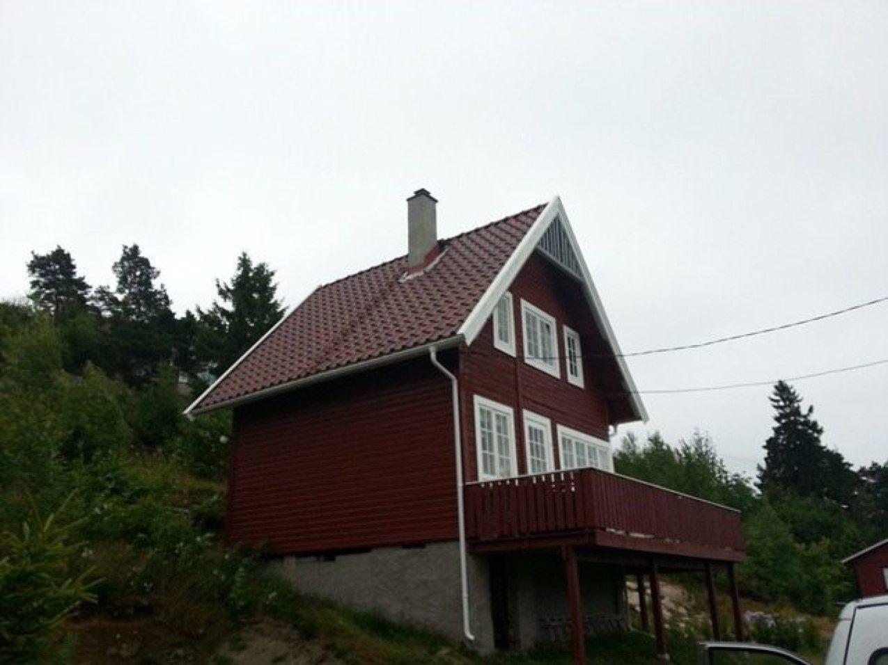 Omlegging av tak på gamle hytter
