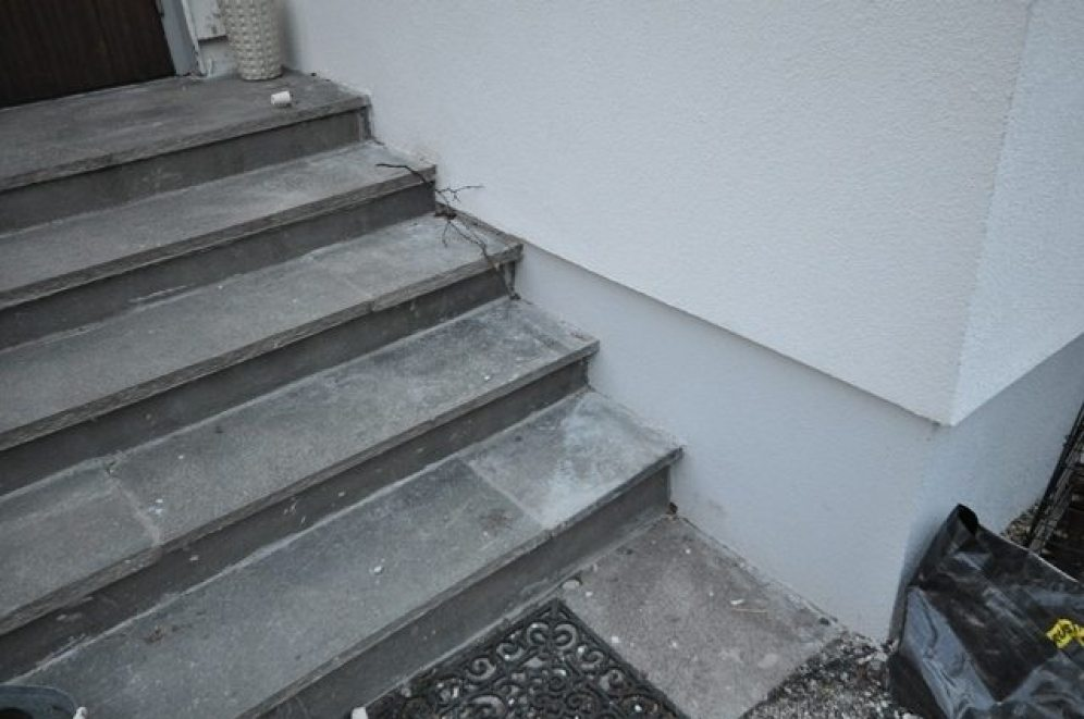 Etter: Isolering mot trapp