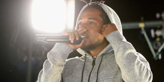 7 of the Most Charitable Rappers Around-2
