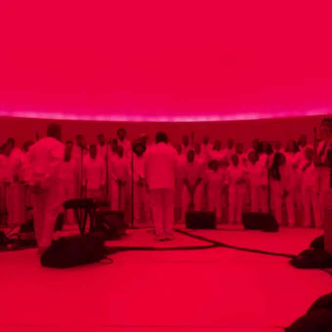 Kanye West Performs A Live Gospel