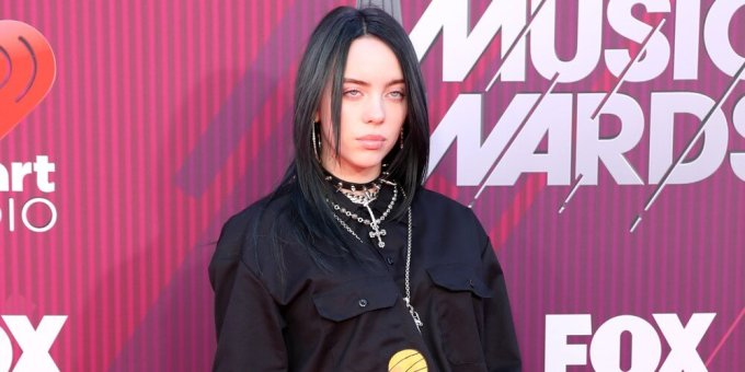 Billie Eilish wears baggy clothes so she won't be body-shamed