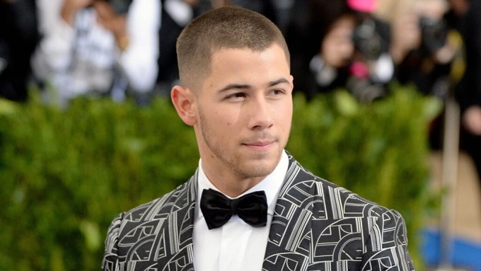 Nick Jonas Groped By Fan During Concert!