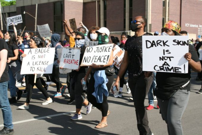 3 Groups to Donate to, that Support Protestors Against Police Brutality