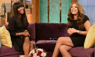 Wendy Williams interviewing Naomi Campbell