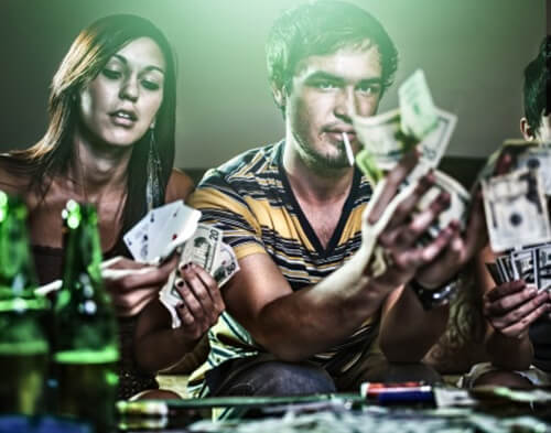 goals, money and 2 people with money and alcool