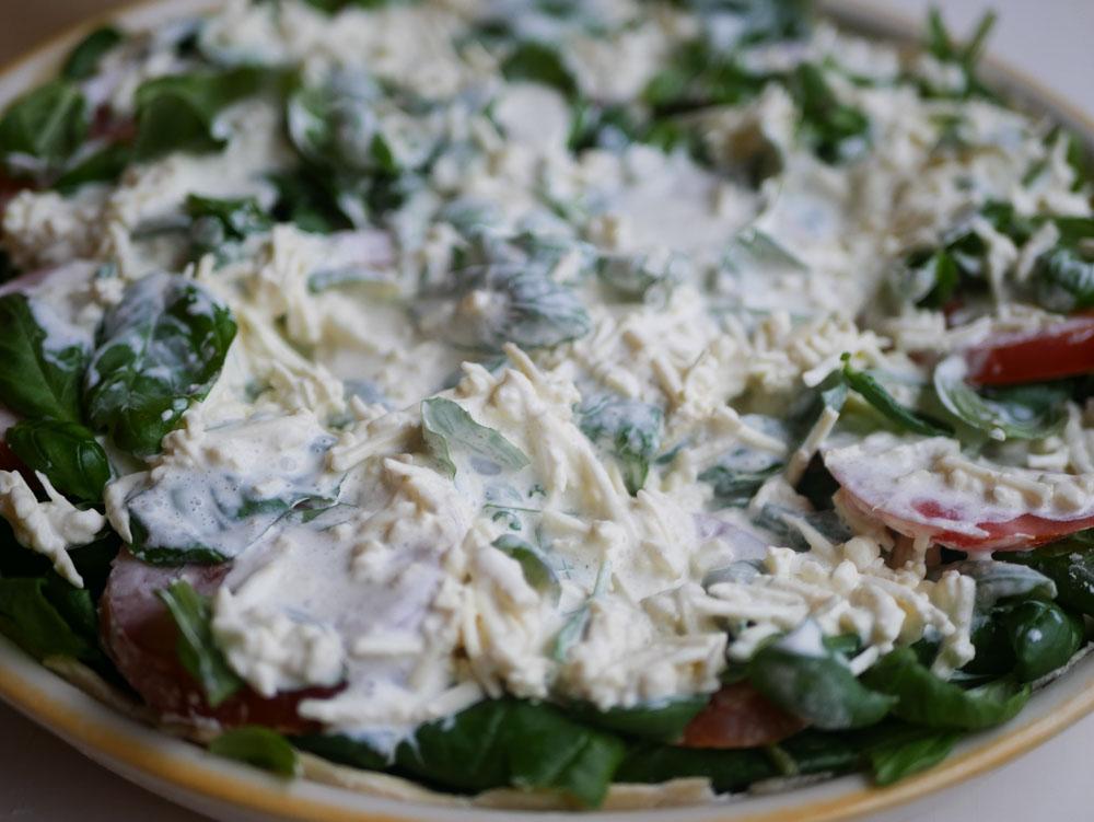 Pinaatti-tomaattipiirakka