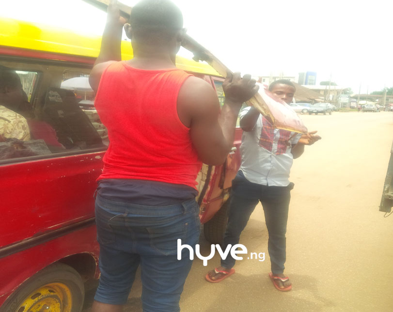 Bus' door falls off while on motion in Benin-City