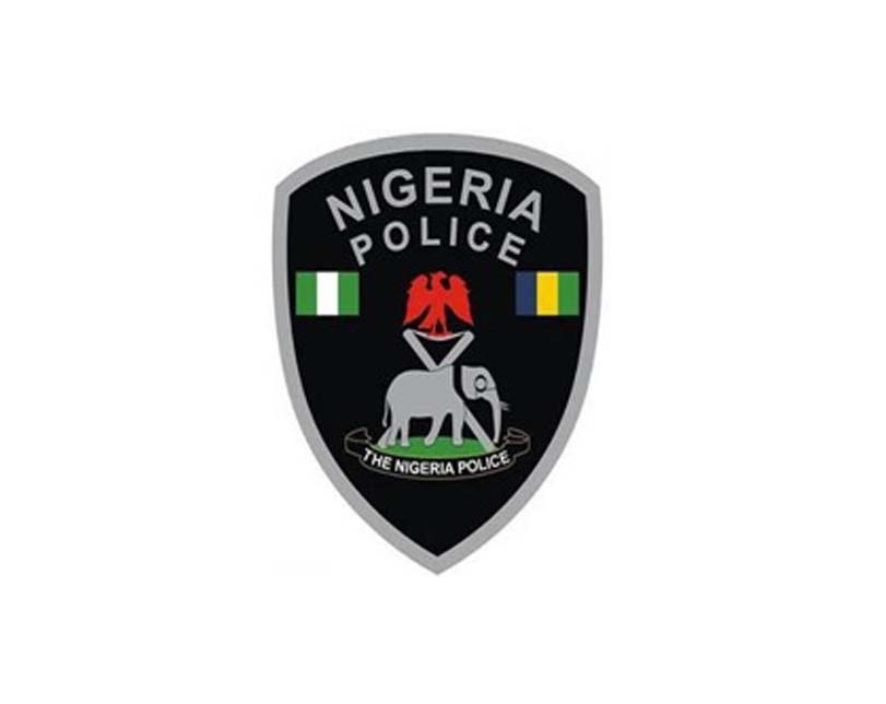 One Killed As Mob Sets Oyo Police Station Ablaze
